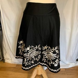 White House Black Market embroidered skirt. 12